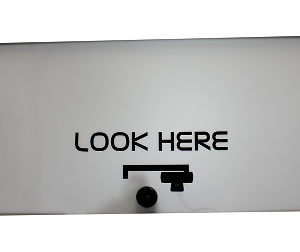 Look Here Panel - 403x870mm